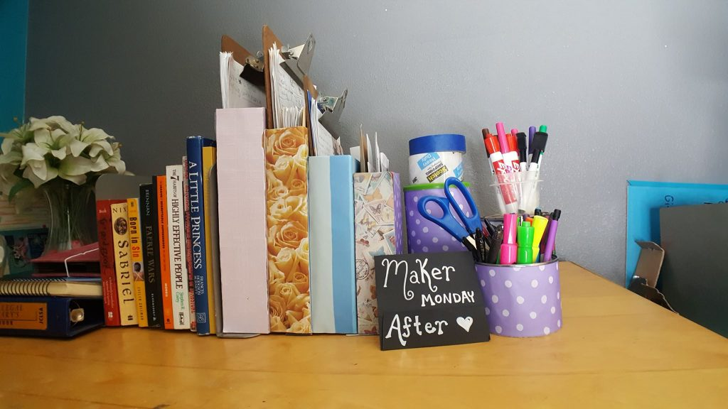 Maker Monday SparklewithSara Upcycle Project Create Office Organizers